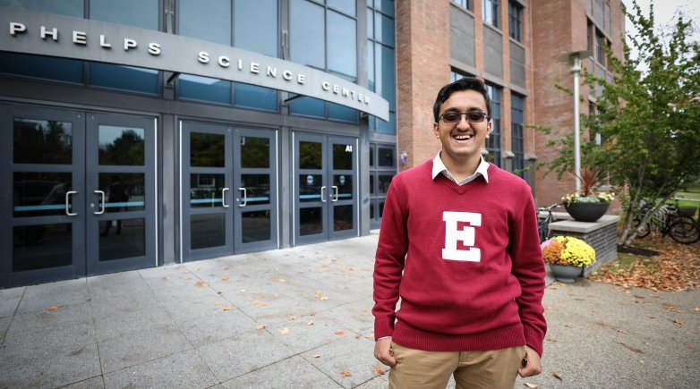 Ayush Noori in front of Phelps Science Center.